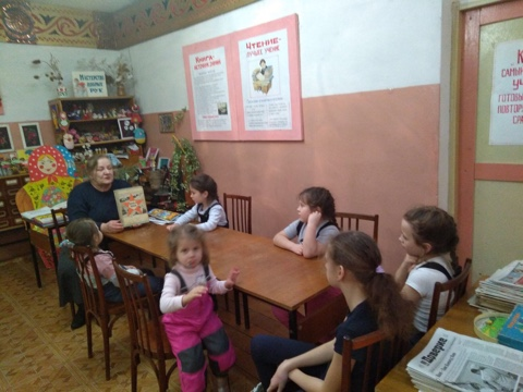 27 января в день снятия блокады Ленинграда прошла беседа «Город герой»